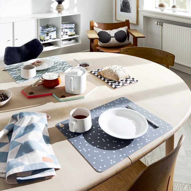 Triangle Table Mats